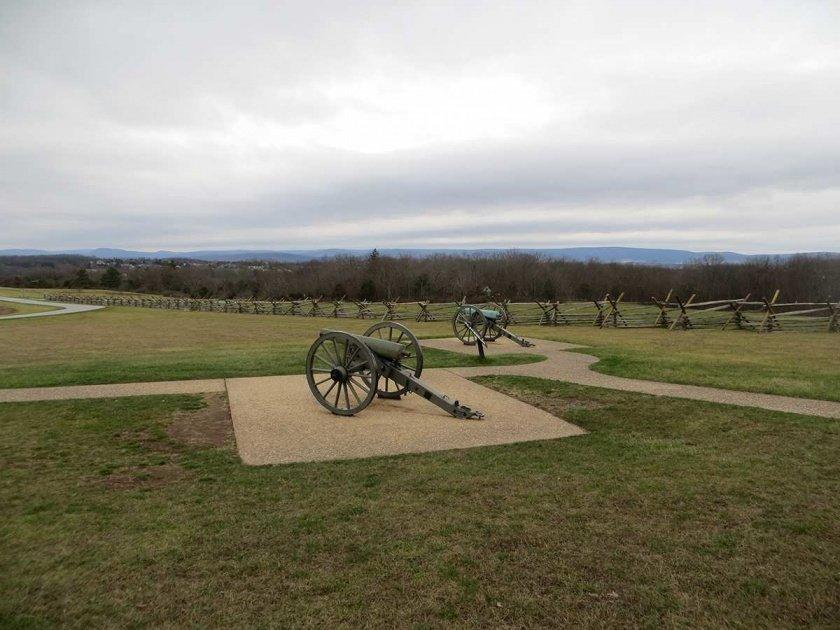 photos of oak hill, confederate guns