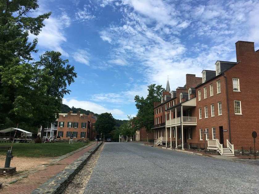 downtown harpers ferry 3