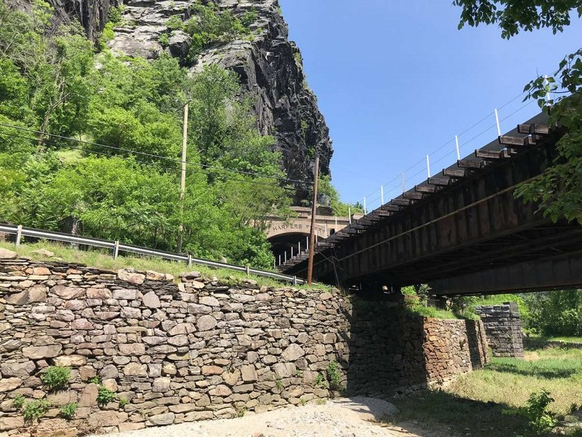 Maryland Heights at Harpers Ferry bridge